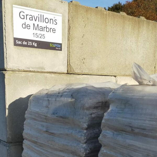 gravillons de marbre 15/25 conditionnés en sacs de 25kg